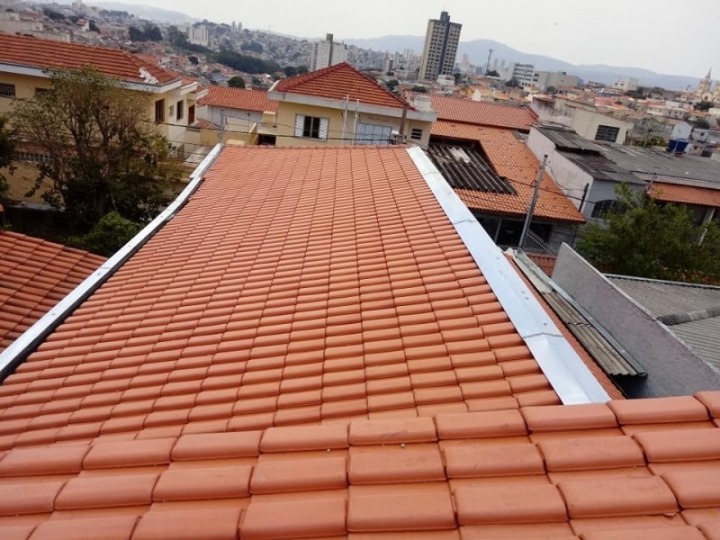 Construção de Telhado Embutido Jardim Textil - Construção de Telhados de Madeira