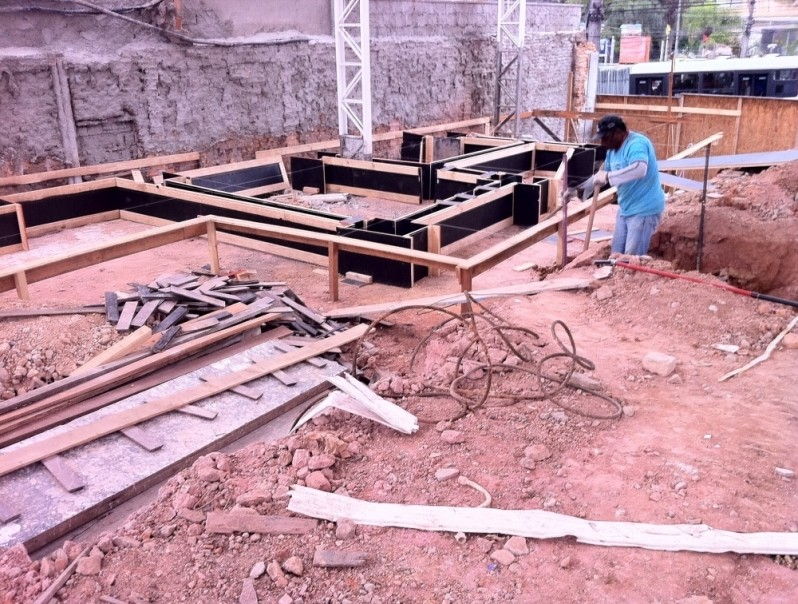 Desmontagens Industriais na Vila Feliz - Desmontagem de Galpões