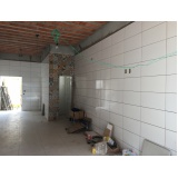 aplicação de azulejo em apartamento