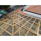 construção de telhado embutido residencial Santa Ifigênia