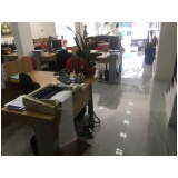 reformas em salas comerciais na Vila Aquilino