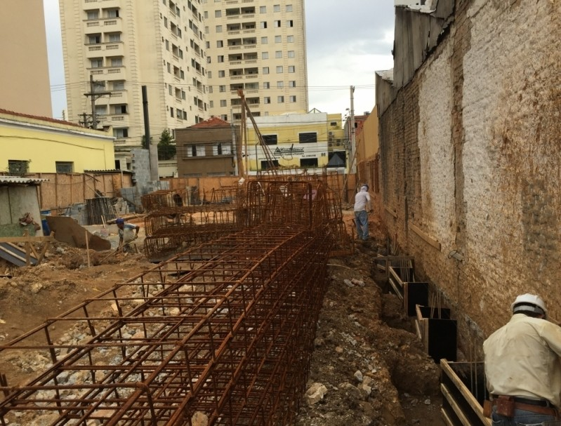 Aplicação de Piso Antiderrapante em Sp na Vila Maria Baixa - Aplicação de Azulejo em Banheiro