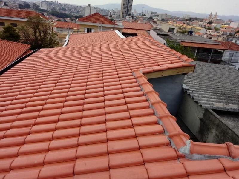 Construção Telhado Embutido Santa Teresinha - Construção de Telhados de Madeira