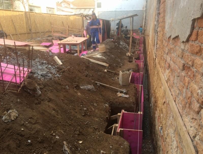 Empresas de Demolição Barata no Bairro Campestre - Demolidora de Casas