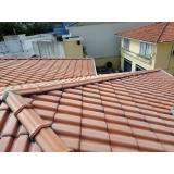 construção de telhado de madeira Chácara Maranhão