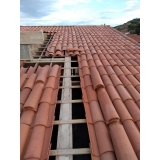 construção de telhado em madeira Jardim São Martinho
