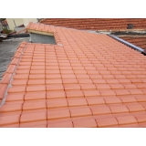 construção de telhado para garagem de condomínio