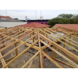 construção de telhado residencial em estrutura metálica Vila São José