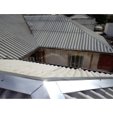 construção de telhado residencial