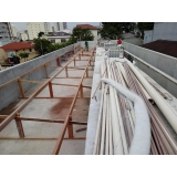 construção de telhados para garagem de condomínio Jardim Itacolomi