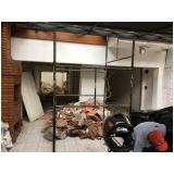demolição de estruturas no Jardim Ipanema