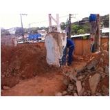 demolidora de edifícios na Vila Cruzeiro