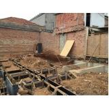 demolidoras de edifícios no Jardim Itacolomi