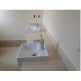 reforma banheiro pequeno Vila Fláquer