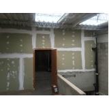 revestimento de gesso em parede Vila Invernada